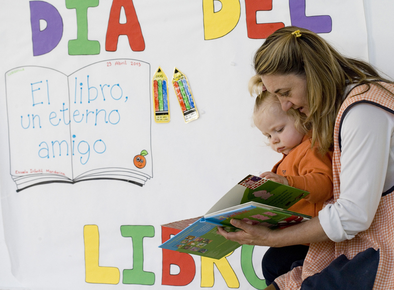 Dia del Libro en Escuela Infantil de Loriguilla