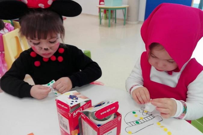 Alumnas de Mandarina disfrazadas